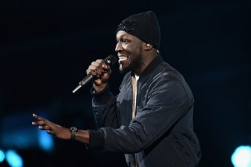 stormzy-performing-with-ed-sheeran-at-the-brits-2017-1487800705-article-0